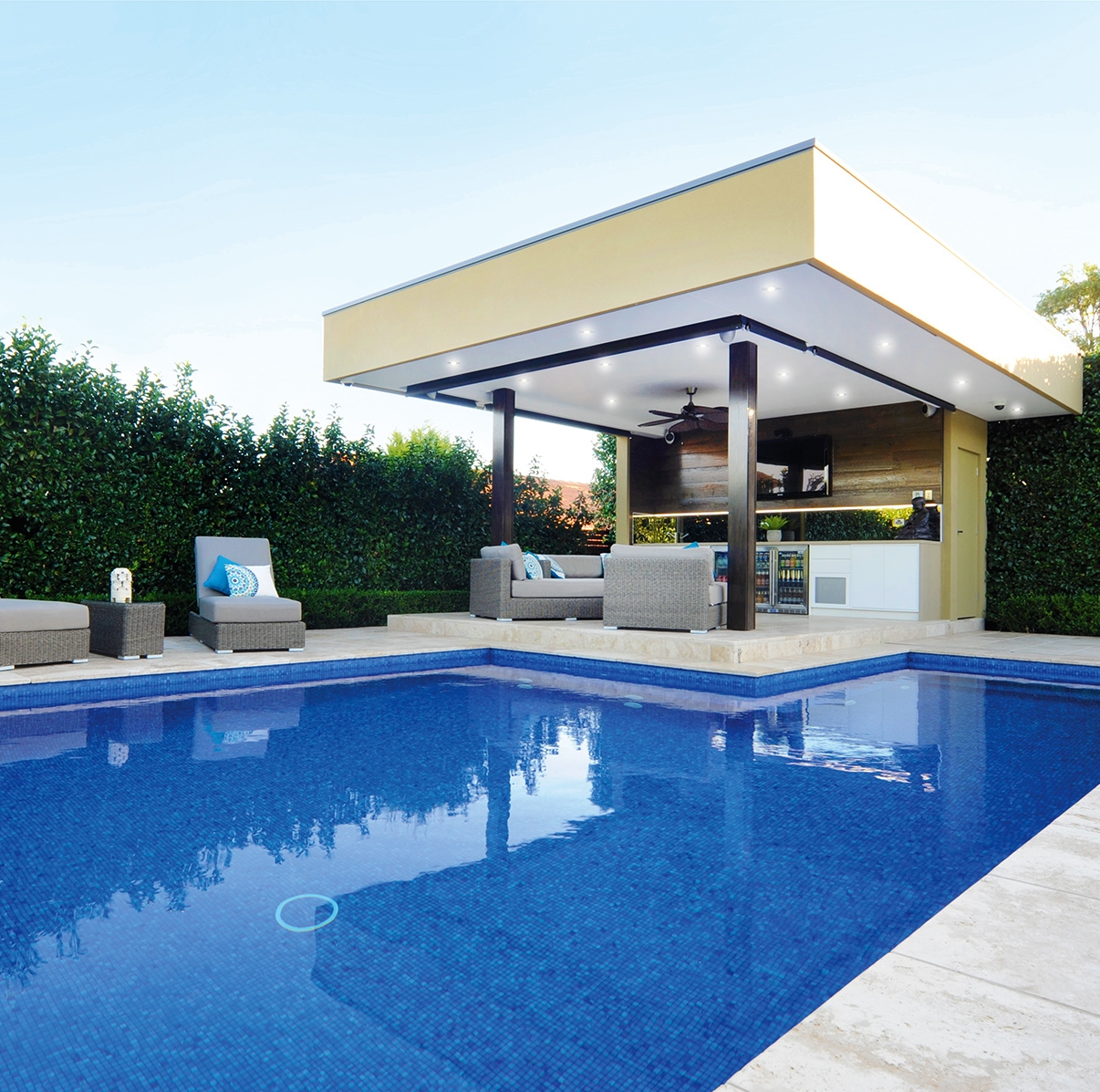bisazza sydney pool slider image 6